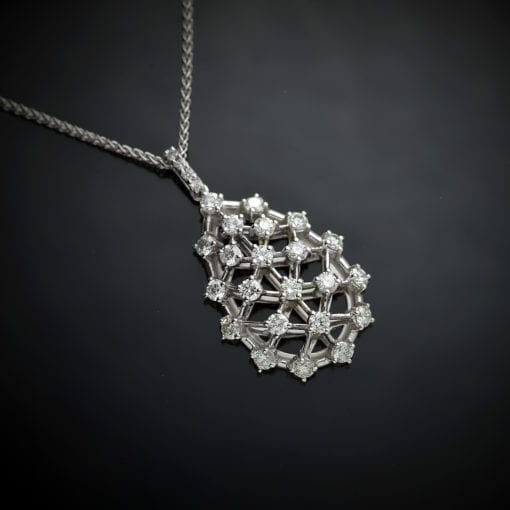 Diamond Latticework Pendant