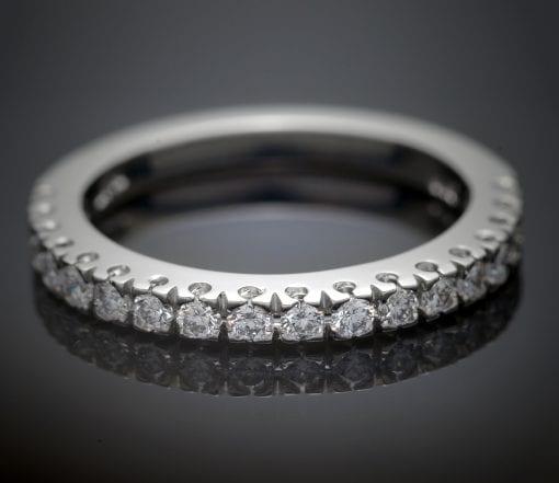 Fishtail Diamond Wedding Ring in Platinum 1